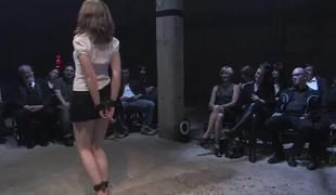 bdsm vakker kropp bondage fløte dominans gruppe offentlig spanking hvit