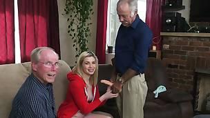 babe blonde blowjob fingring hd jobb offentlig leketøy