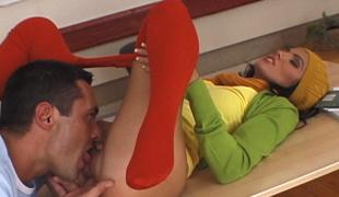 ass vakker brunette nærhet skrivebord european fingring slikke truser strømpebukse