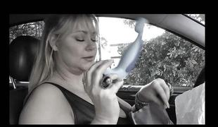 Samantha 38g fucks her chunky wet crack with a vibrator