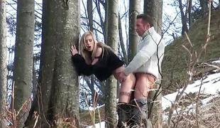 blonde doggy european skog hardcore ungarsk misjonær spion voyeur